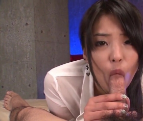 Japanese girl sucks a japanese cock