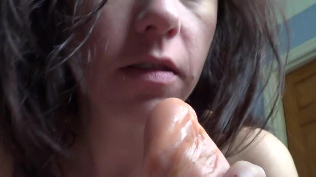 Milf sucks so good