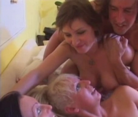 Threesome fun is always hot
